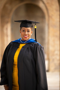 20210425 Alicia Hymes Graduation Cap Gown 010Ed