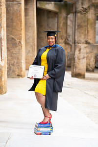 20210425 Alicia Hymes Graduation Cap Gown 018Ed