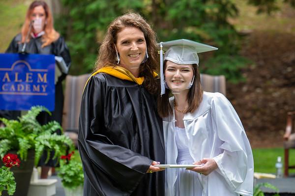 20210529 Salem Academy Graduation 215Ed