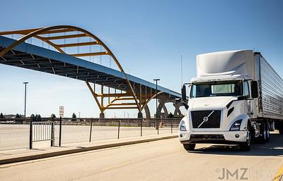 AirBro-TrucksOnLocation-20200625-106