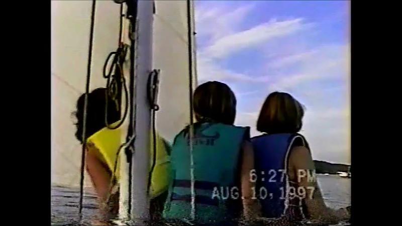 Gilrs Sailing video