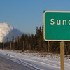 Another zoom from Suncor sign to steam plume. file 541