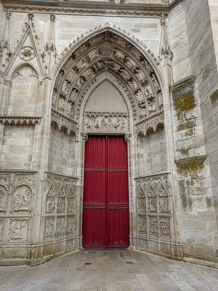 Place Saint Etienne-- Auxierre