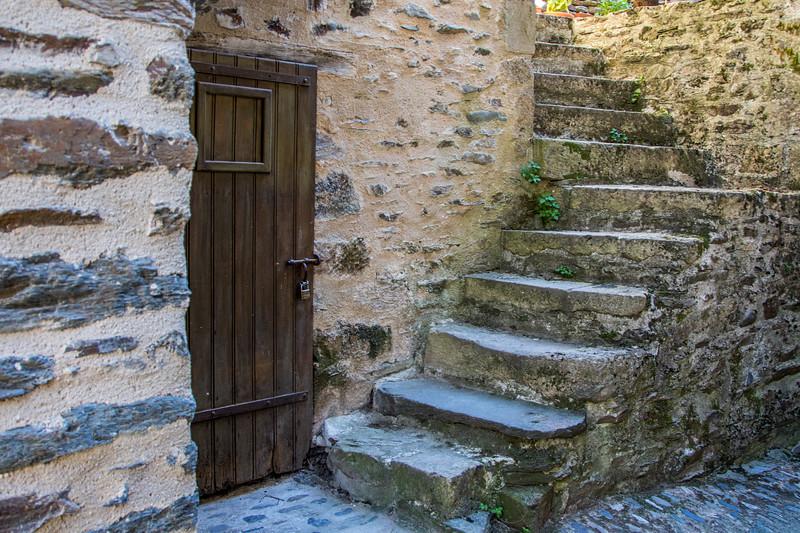 Estaing, Aveyron--Château d'Estaing