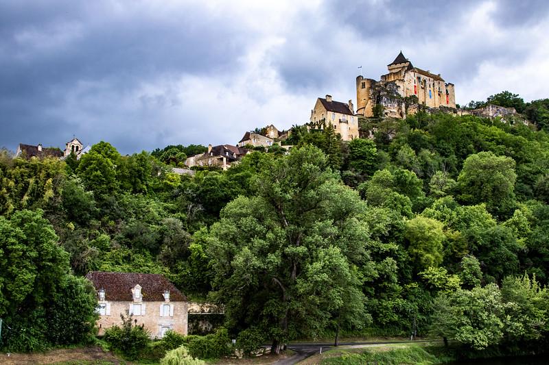 Castle Naud
