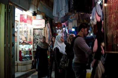 Shoppers in the early evening in the labyrinth of the Old City.