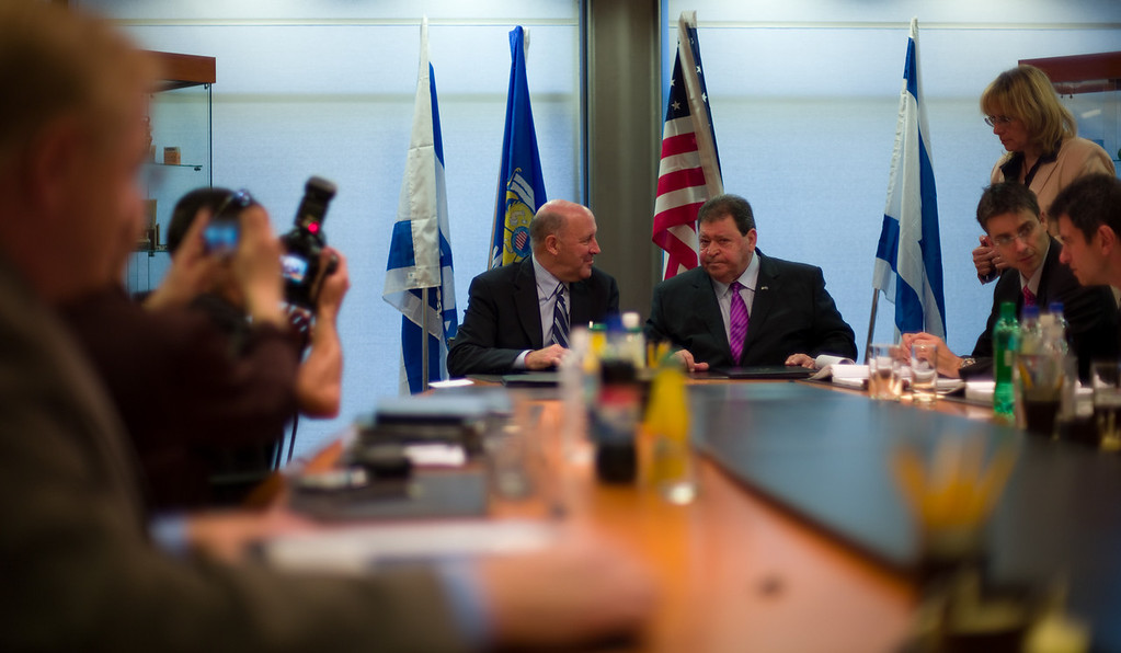 After the signing of an MOU between Israel and Wisconsin at WATEC by Governor Jim Doyle and Israeli Minister of INdustry, Trade and Labor, Ben Eliezer.