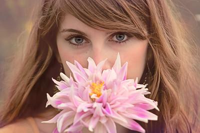 Hayley_Flower