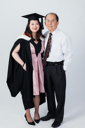 Lisa Chong - Studio and Family Portraits