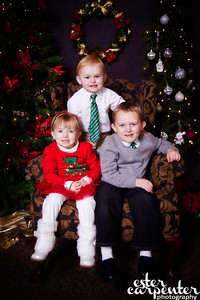 20121216 MCC Santa Portraits-8405-Edit