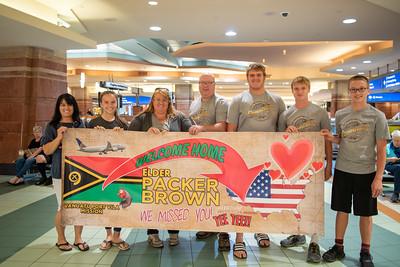 Packer brown vanuatu-9094