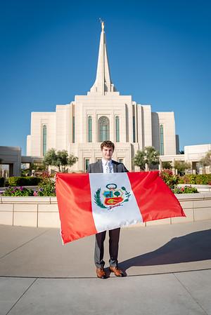 Josh Chournos goes to Peru-4069