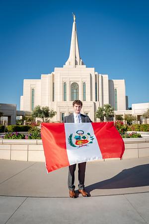 Josh Chournos goes to Peru-4068