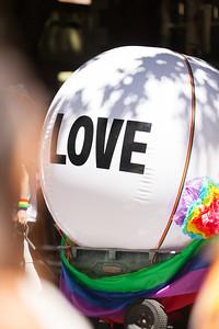 ALoraePhotography_SeattlePride2016_20160626_008