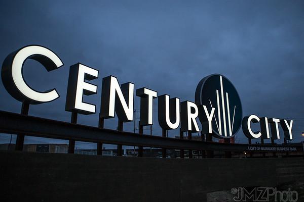 POBL-CenturyCity-night-20160222-5