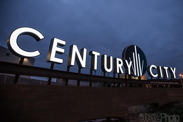 POBL-CenturyCity-night-20160222-72