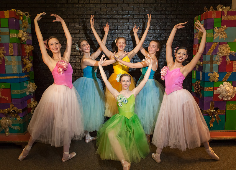 Shaie Williams for AGN Media. on the left Jasmine Uselding, Campbell Schouten, Andreanna Simpson, Berkely Risner, Alexis Merchant and center Jillian Howell. The Lone Star Ballet  presents The Nutcraker 2017 held at Amarillo Civic Center  in Amarillo, TX on Decmeber 8-10, 2017.