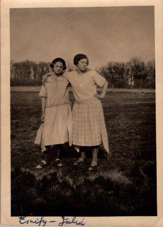 Emily Wallan, 16, on left Aunt Julia Speiser