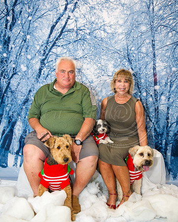 Lawrence, Linda & Kenny - Pet Time Holiday Shoot