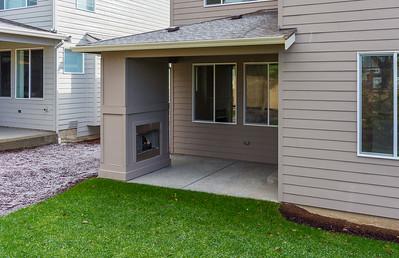 AstonCrest_Homesite10_Backyard2