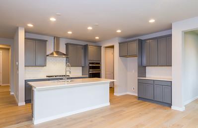 AstonCrest_Homesite10_KitchenDining