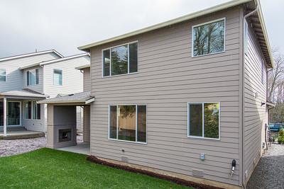 AstonCrest_Homesite10_Backyard1