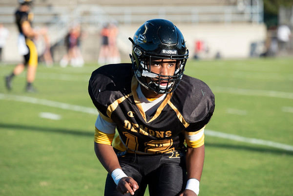 20191010 RJR JV Football vs Davie 023Ed