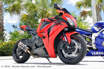 HONDA CBR - Photo by Dmitriy Shpurik .com