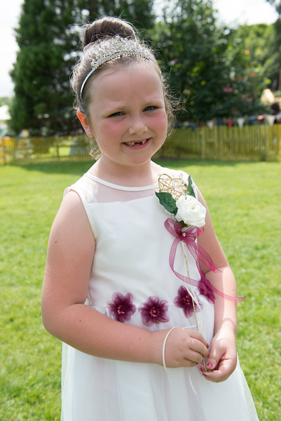 Thelwall Rose Queen 2014-12