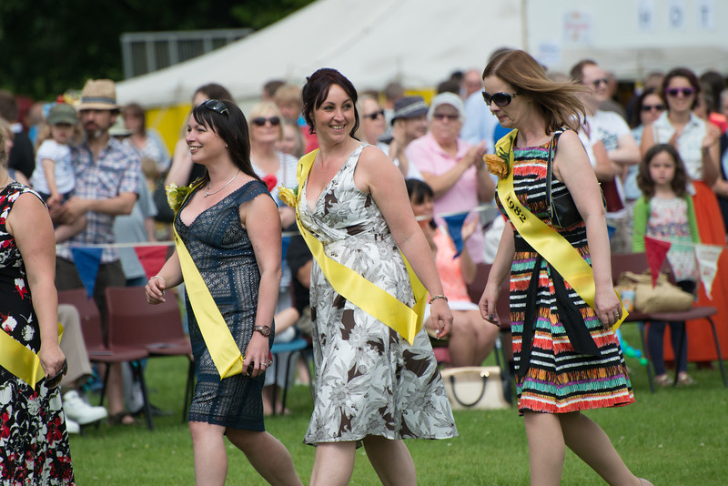 Thelwall Rose Queen 2014-215