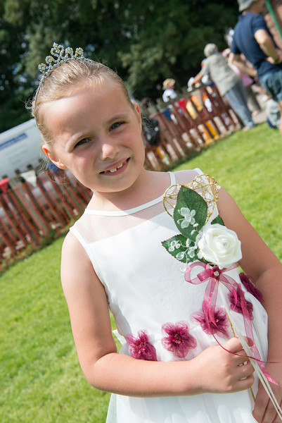 Thelwall Rose Queen 2014-37