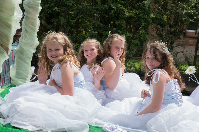 Thelwall Rose Queen 2014-94