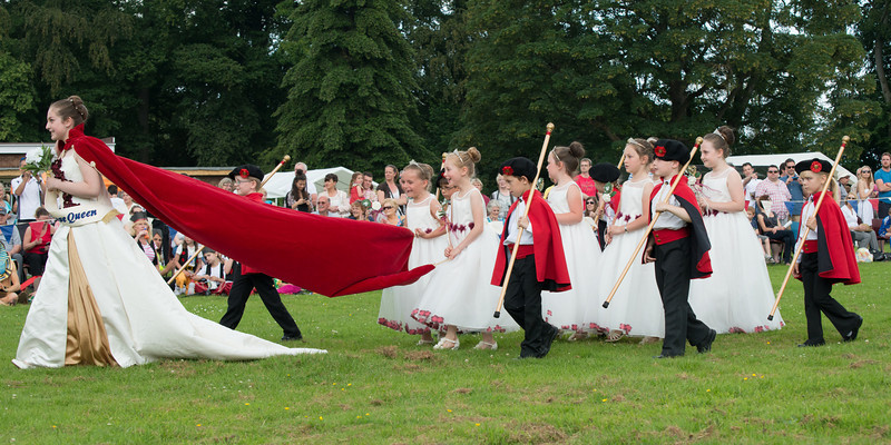 Thelwall Rose Queen 2014-241