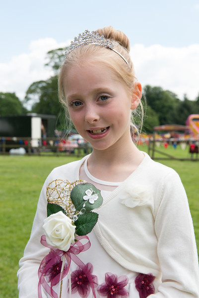 Thelwall Rose Queen 2014-2