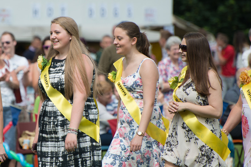 Thelwall Rose Queen 2014-209