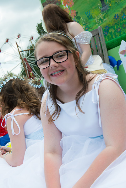 Thelwall Rose Queen 2014-86
