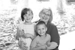 12-10-01-017_Sully Brussoni Family Portraits_bw
