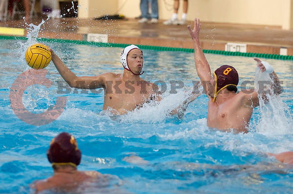 07 December 2008: USC Trojans two-meter Shea Buckner (8) defends Stanford Cardinal utility Drac Wigo (10) during the Trojans's 7-5 win over the Cardinal in the NCAA men's water polo championship final game at the Avery Aquatic Center in Stanford, CA.