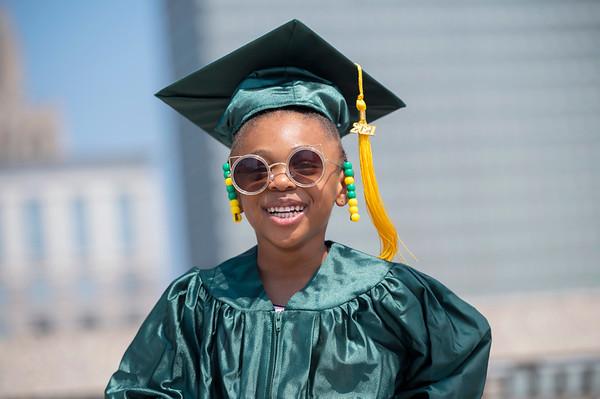 20210525 Gigi Graduation Cap Gown 027Ed
