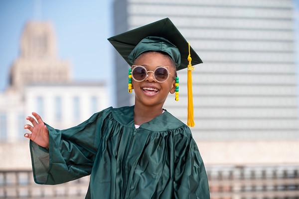 20210525 Gigi Graduation Cap Gown 041Ed