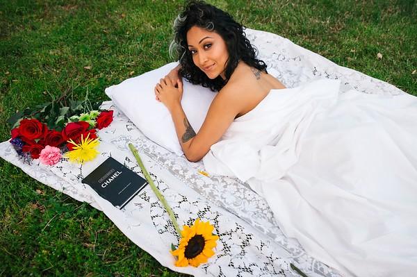 20210413 Vanessa Bed Flowers 017Ed