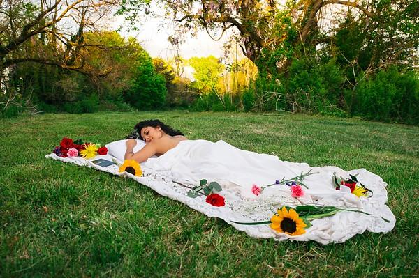 20210413 Vanessa Bed Flowers 010Ed