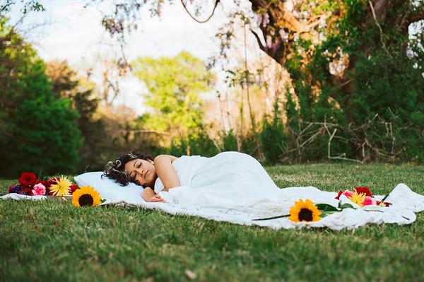 20210413 Vanessa Bed Flowers 002Ed