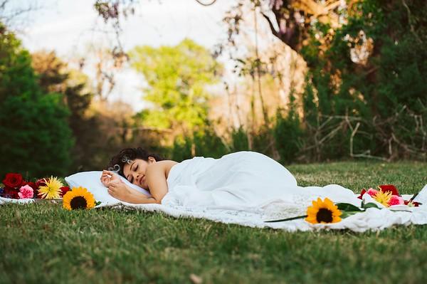 20210413 Vanessa Bed Flowers 003Ed