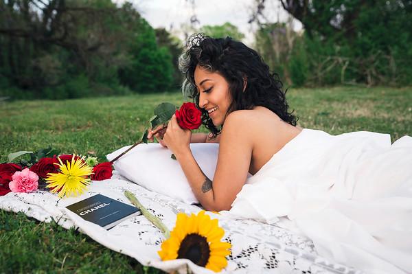 20210413 Vanessa Bed Flowers 019Ed