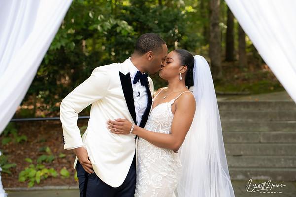 20201003 Tia Kyle Brown Wedding 511-preview-logo copy