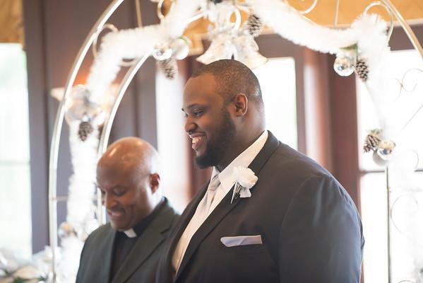 2015122SharrodRachelPatterson Wedding Devin035Ed