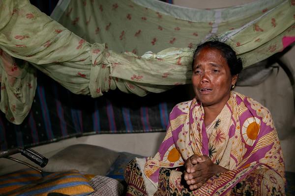 Sree Maloti Rani Rai (49), Husband Sree Lokhikanto Rai, Village: Chondi Pur (Babu Para), Thana-Parbotipur, District- Dinajpur. Photo: b.a. sujaN / Map / DANIDA