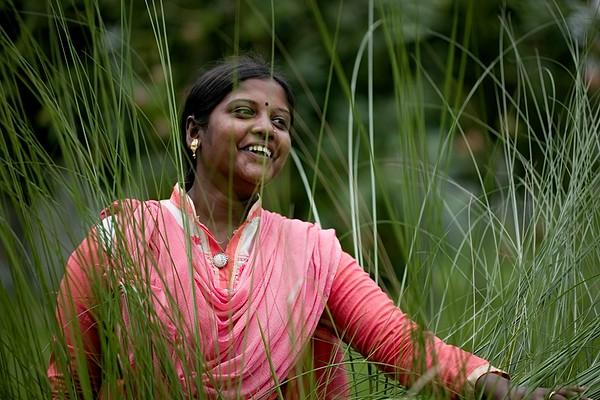 03-Sathe Rani Sutrodhor (25), Radio BORENDRO 99.2 fm; Nawgoan District, Bangladesh Mobile- 01747425232.