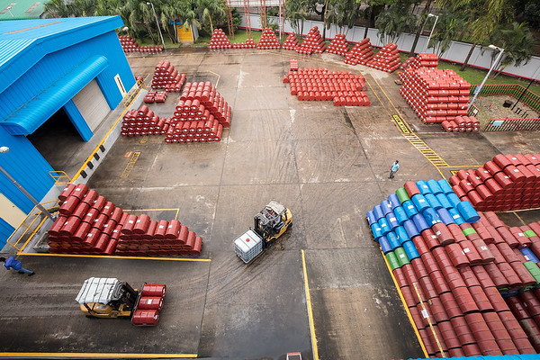 MJL Bangladesh Limited MJL Bangladesh Limited (formerly Mobil Jamuna Lubricants Limited) is the joint venture company between state owned Jamuna Oil Company and EC Securities Limited ( a subsidiary of the East Coast Group). The journey of blending world-class lubricants in Bangladesh started in 1998 when Mobil Corporation (after the merger known as Exxon Mobil Corporation) decided to set up Mobil Jamuna Lubricants Limited in partnership with the state owned Jamuna Oil Company Limited.